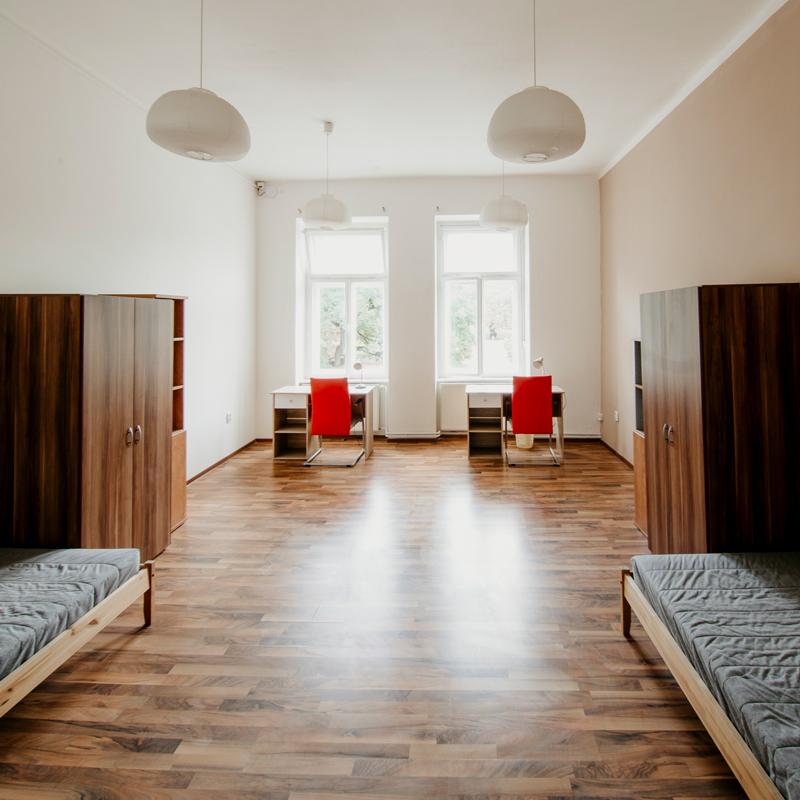 Dvoulůžkový pokoj - Apartmán č. 5 - Kolej Jinak